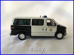 1/43 Los Angeles County Sheriff Ford E-150 E-250 E-350 Econoline Police Van LASD