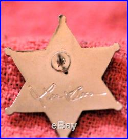 BADGE PIN LOS ANGELES COUNTY SHERIFF Autographed By Lee Baca Lapel Pin