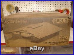 Code 3 Emergency! 51 Firehouse Los Angeles LA County Co 164 Scale