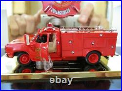 Code 3 Emergency Los Angeles County Rescue Squad 51 Dodge Power Wagon D30 1/64