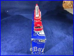 D2-64 Tomy Long Tomica 1110 Scale Fire Truck Japan #31 Los Angeles County